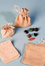 Roccia, pietra di cristallo con ciondolo in argento, chiusura Cartier e sacchetto regalo