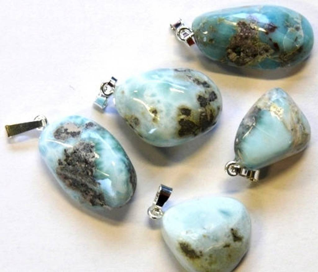 Larimar with silver pendant, Cartier closure and gift bag