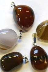 Opal-ágata com pingente de prata, o fechamento Cartier e saco do presente