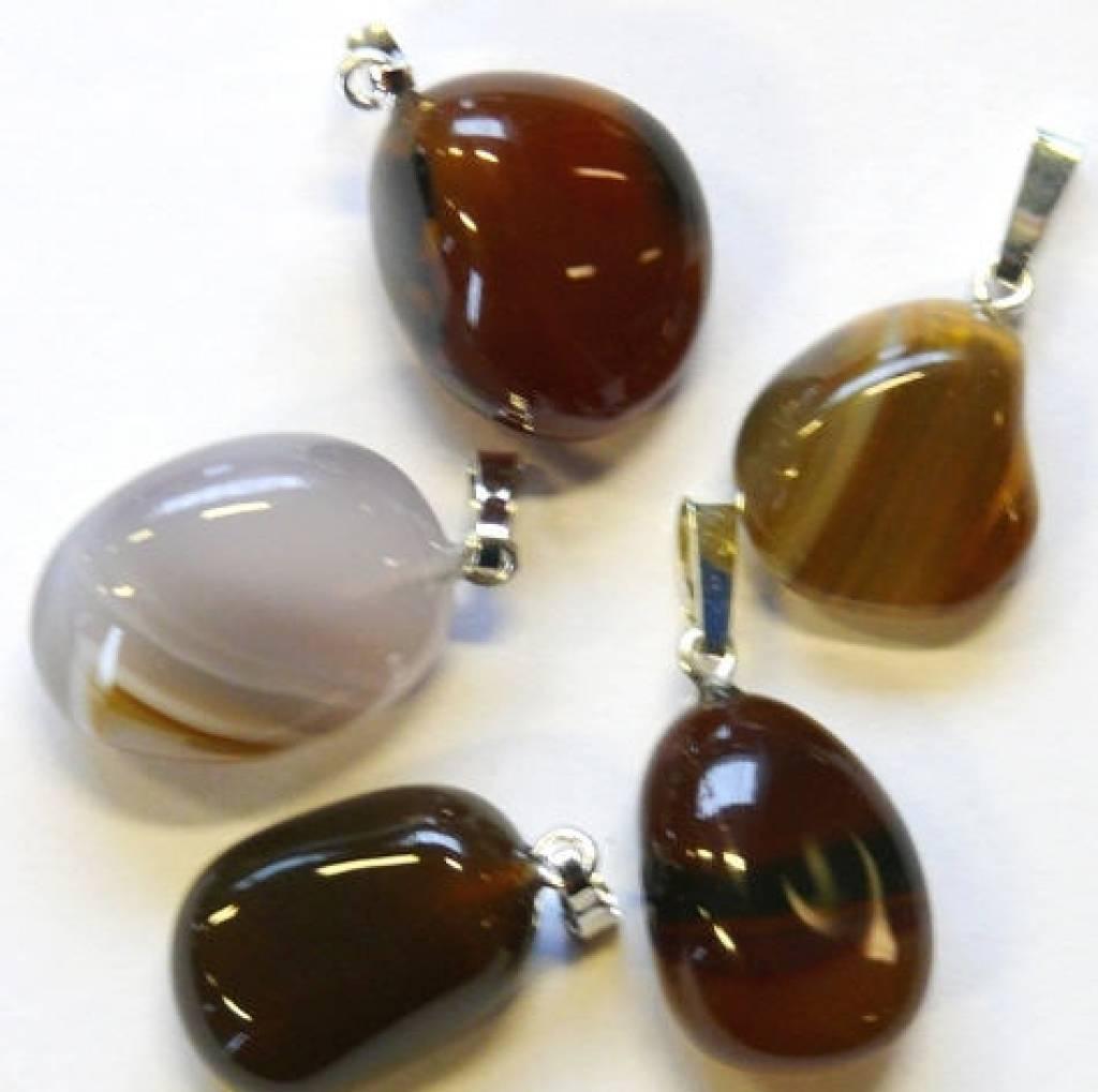 Opaal-agaat met zilveren hanger, Cartier sluiting en kadozakje