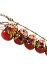 Matrioska broche artesanal de diferentes colores
