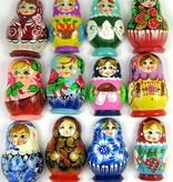 Matryoshka μαγνήτη, διαφορετικά χρώματα.