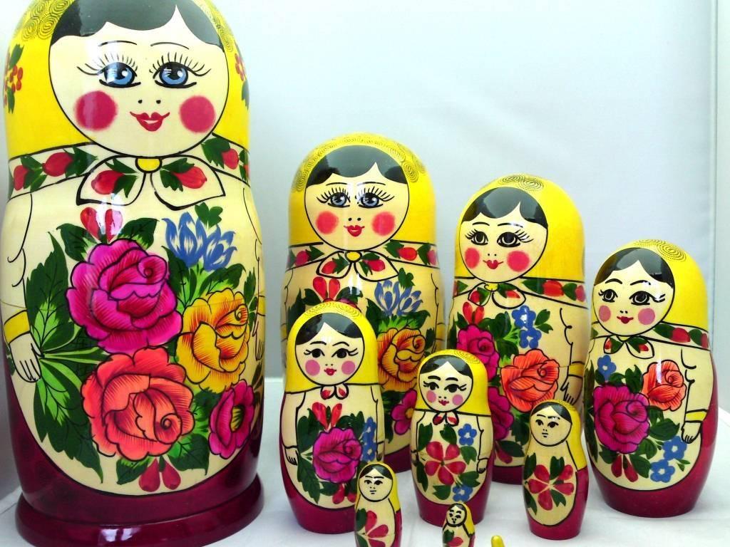 Babushka Semenov 10 stykker (24-25 cm høj)