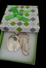 Camée avec collier en argent