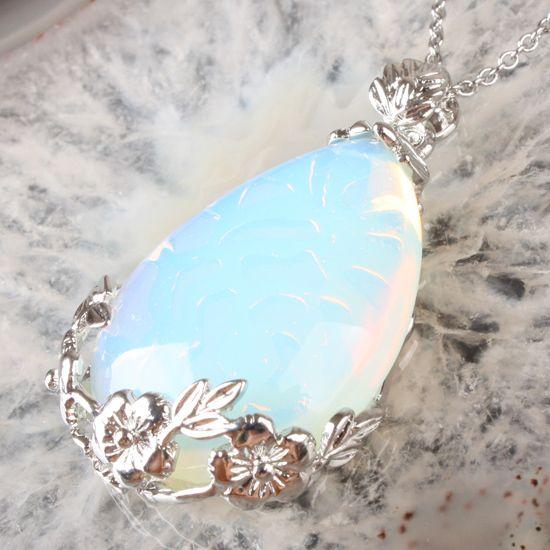 Ciondolo d'argento d'Opale