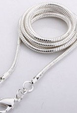 Howlite with silver pendant, Cartier closure and gift bag
