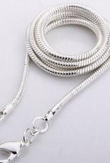 Calcedonia con colgante de plata, el cierre de Cartier y bolsa de regalo