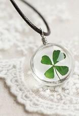 Crowdfunding chanceux trèfle à quatre feuilles médaillon (argent / cuir / crystal)