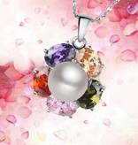 AAA grade genuine pearl with silver pendant and crystal clear rhinestone arco iris.
