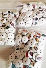 6 tøj matrjosjka knapper 10-15 mm blandede motiver