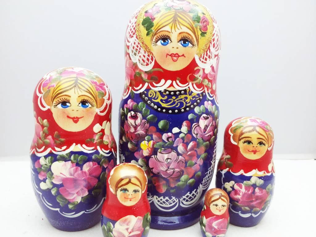 Matrëška, matrioška , matrioska - bambole di origine russa
