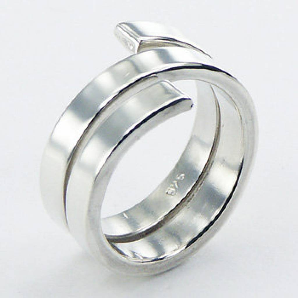 moderne zilveren sieraden