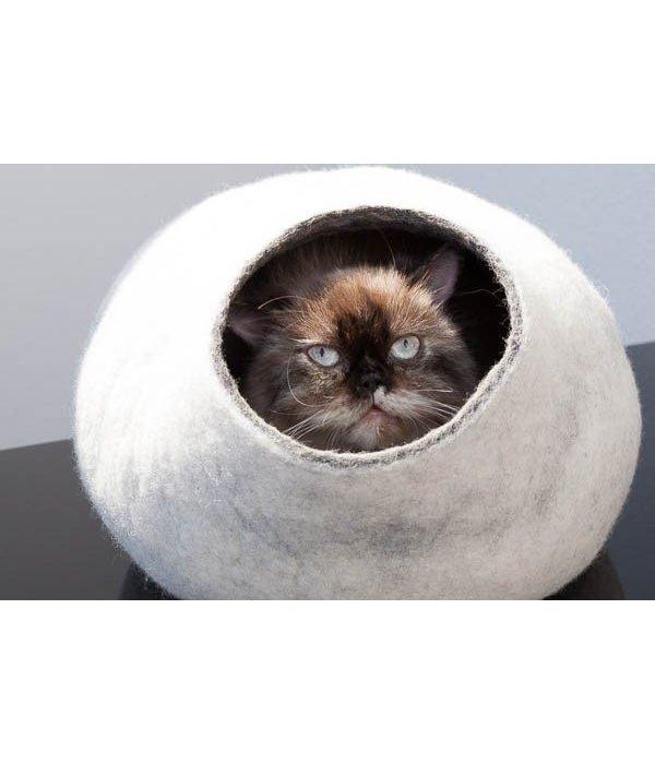 Kivikis Cat House