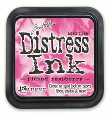 Ranger Distress Ink Pad Picked Raspberry (TIM3495)