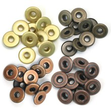 We R Memory Keepers Wide Eyelets Warm Metal (41595-4)