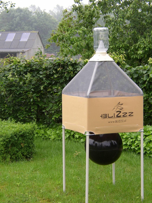 Blizzz dazen en steekvliegenval for Attrape mouche maison
