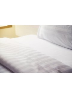 Nightlife Concept Dekbedovertrek Hotel Stripe Wit 140x200/220