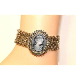 Armband met cammee steen