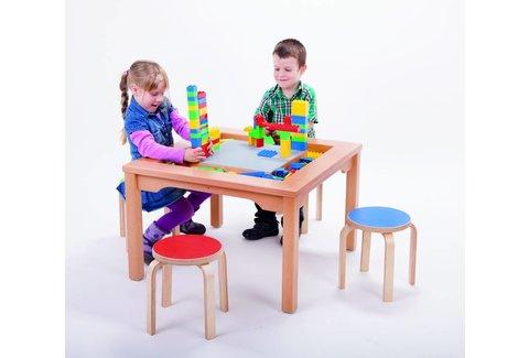 DUPLO Tafel met stoelen