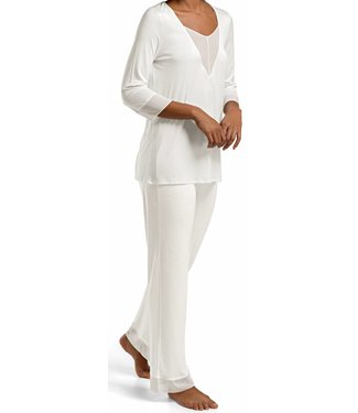Leah Pyjama Set Off White
