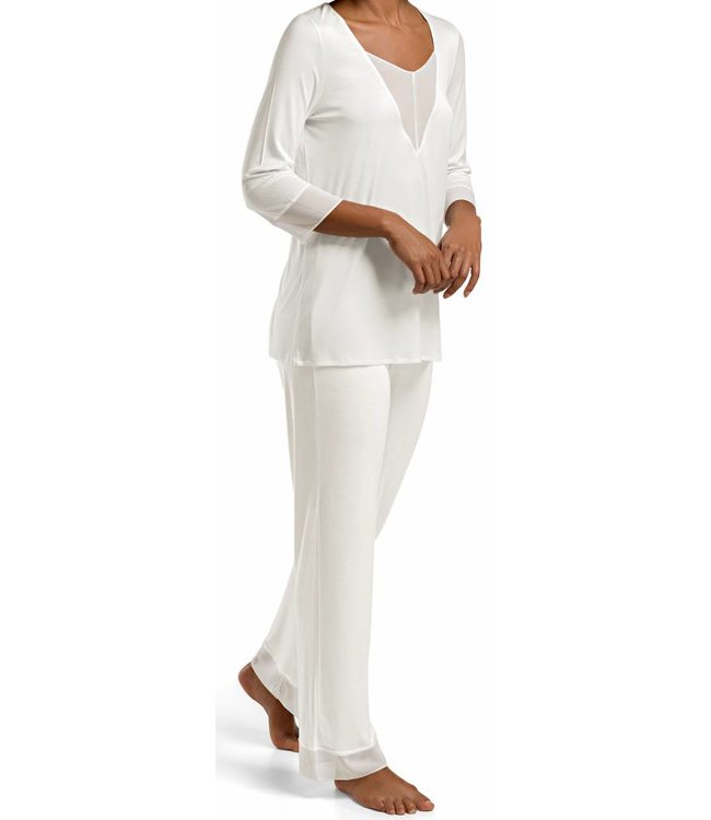 Leah Pyjama Set Off White
