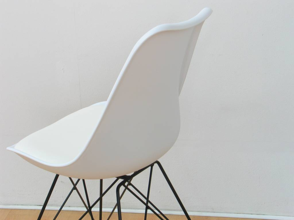Design Stoelen Goedkoop.Witte Design Stoelen Tweedehands Witte Vintage Herman Miller Verner