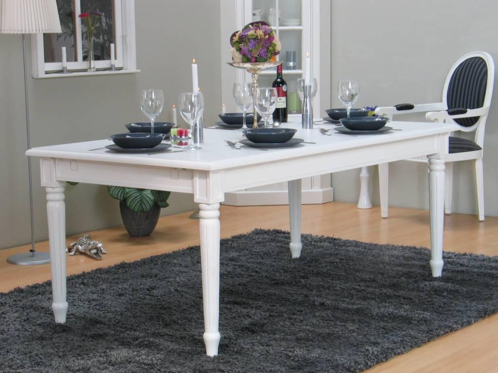 Barok landelijke tafel wit mozart eetkamertafel meubeltrefpunt altijd thuis - Tafel en witte stoelen ...