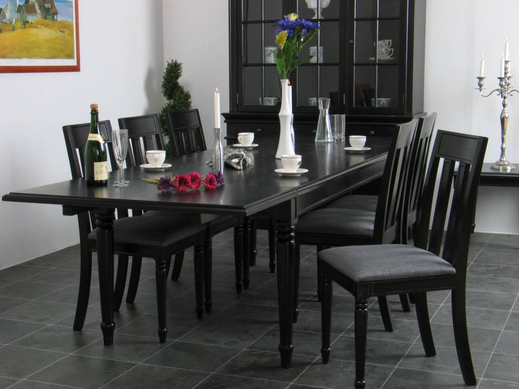 https://static.webshopapp.com/shops/005149/files/007320427/mozart-tafel-barok-incl-verlengstuk-zwart-eetkamer.jpg