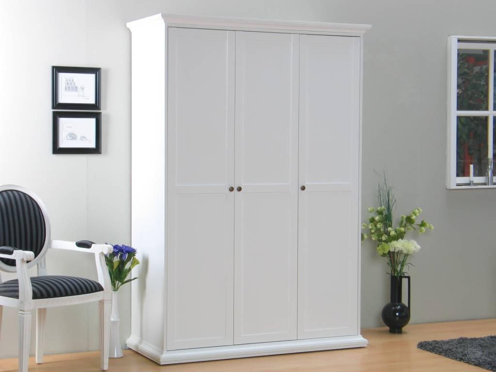 Landelijk witte kleerkast venetie meubeltrefpunt for Slaapkamer garderobekasten