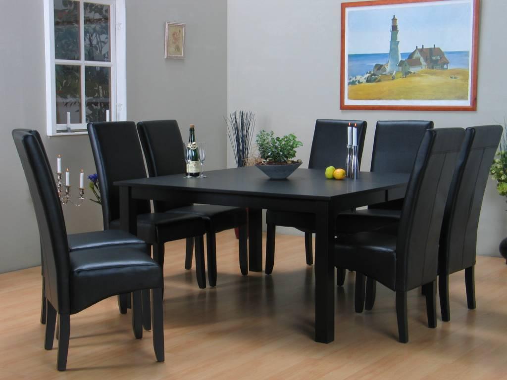 Eettafel zwart Sirius + eetkamerstoelen zwart Giessen - Meubeltrefpunt ...