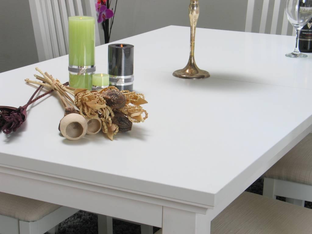 Witte Eetkamer : landelijk-witte-eetkamer-venetie-eetkamerstoelen-w ...
