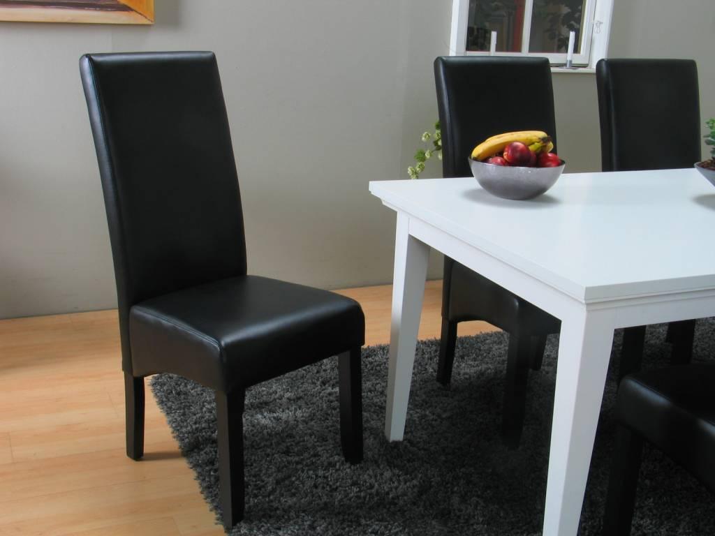 Landelijke witte eetkamer Venetie + eetkamerstoelen zwart Giessen   Meubeltrefpunt   Altijd thuis