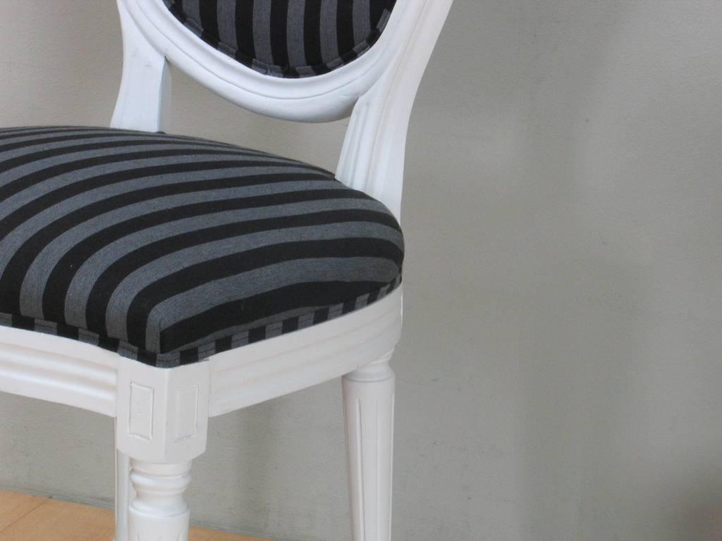 Home Witte barok stoel Rococo met zwart gestreepte bekleding