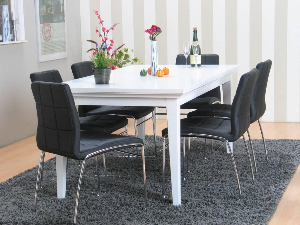 Eetkamer veneti wit met 6 zwarte stoelen - Kitchenette met stoelen ...