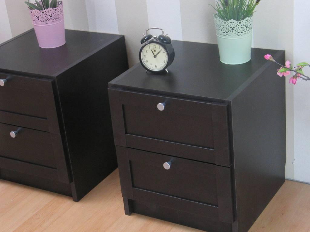 beth nachtkastjes bruin met 2 lades set van 2. Black Bedroom Furniture Sets. Home Design Ideas