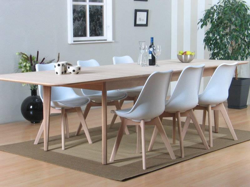 kuipstoel eettafel elegant houten eettafel met