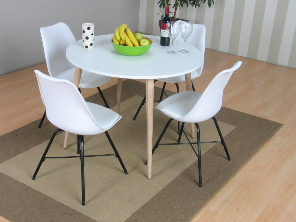 Tvilum napoli eethoek ronde tafel met witte kuipstoelen