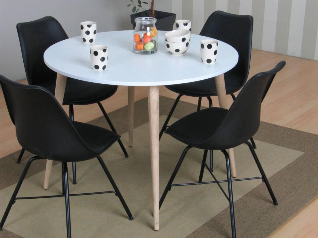 https://static.webshopapp.com/shops/005149/files/117347360/tvilum-napoli-eethoek-ronde-tafel-met-4-zwarte-kui.jpg