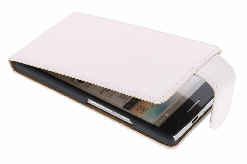 Witte classic flipcase voor de Huawei Ascend P6 / P6s