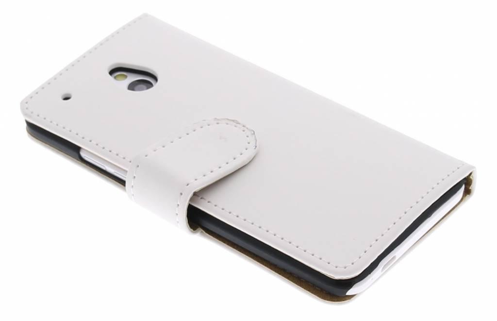 Wit effen booktype hoes voor de HTC One Mini