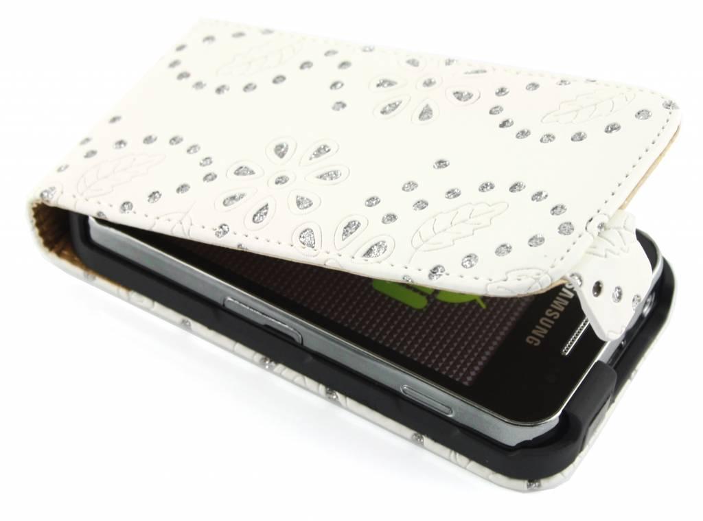 Witte bloemblad design flipcase voor de Samsung Galaxy Ace S5830