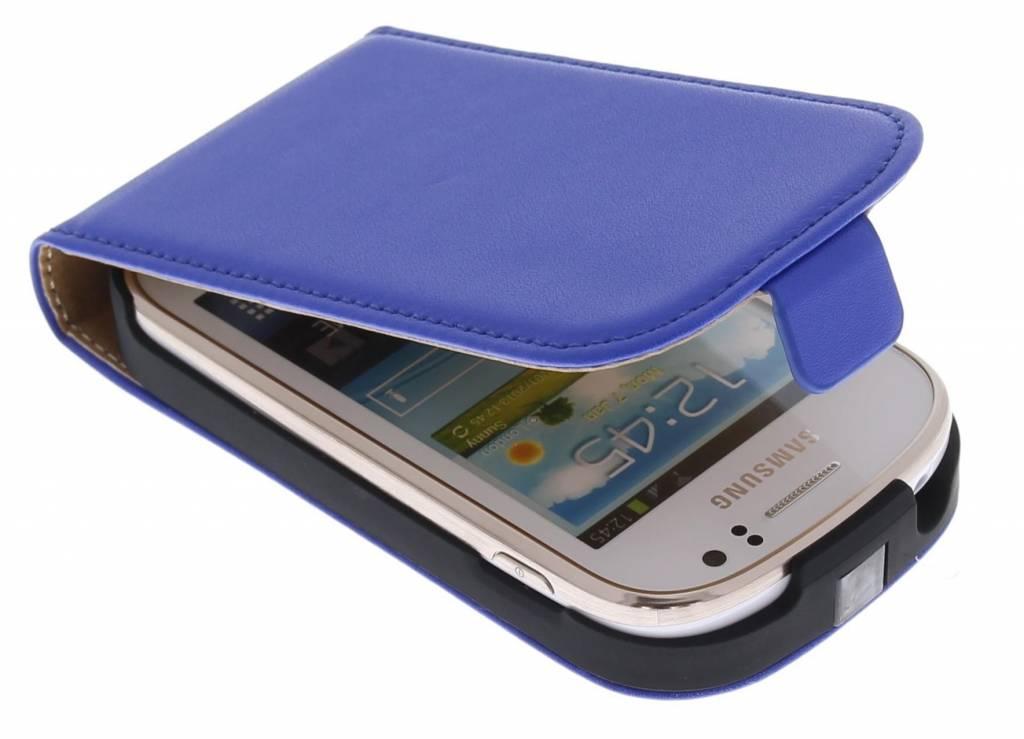 Deze luxe flipcase geeft je telefoon een luxe en stijlvolle uitstraling. de stevige kunststof houder en het ...
