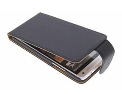 Zwart classic flipcase HTC One Mini