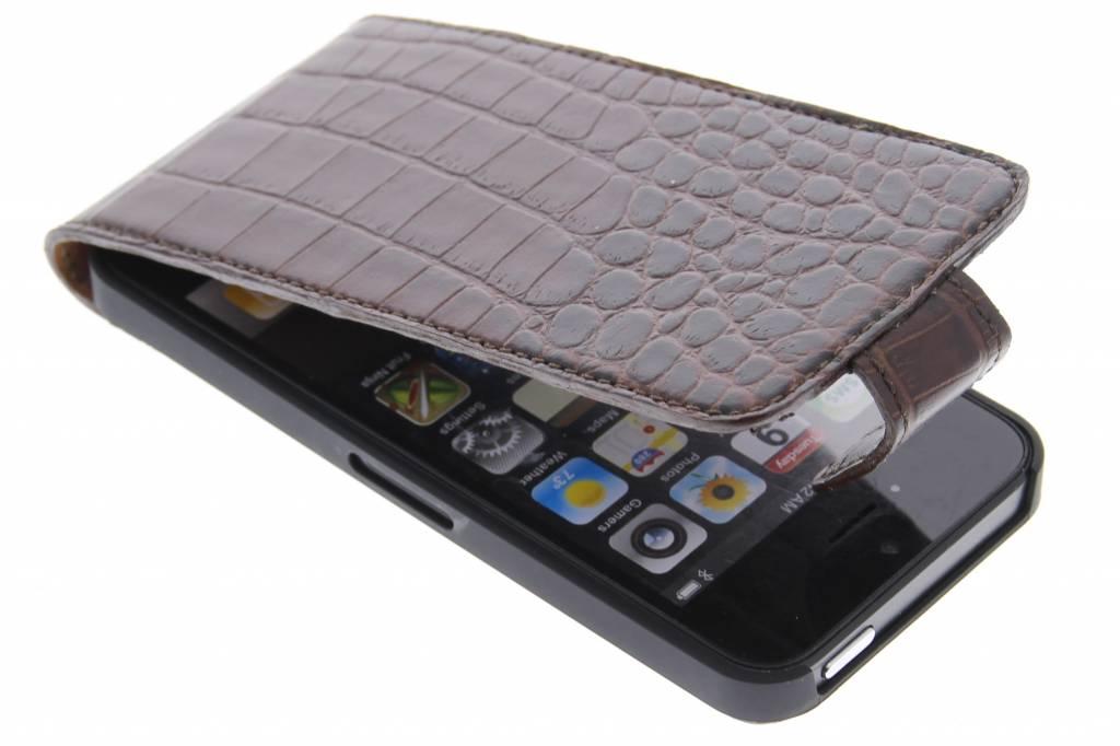 Valenta Flip Croco voor de iPhone 5 / 5s / SE - bruin