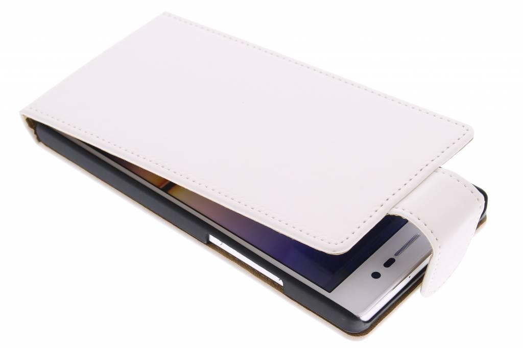 Witte classic flipcase voor de Huawei Ascend P7
