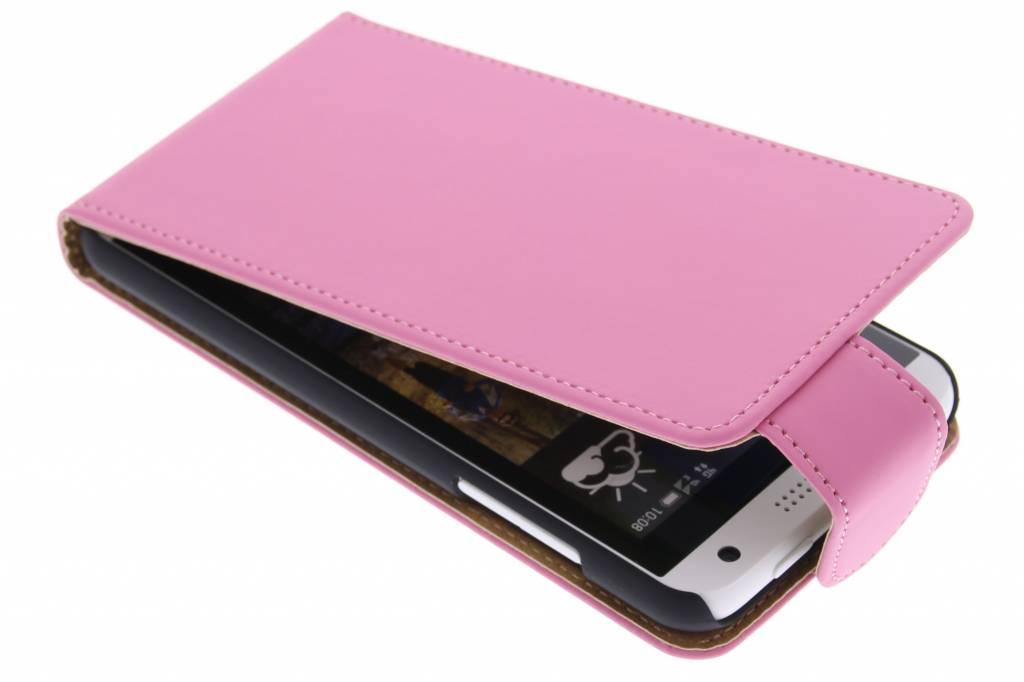 Roze classic flipcase voor de HTC Desire 610
