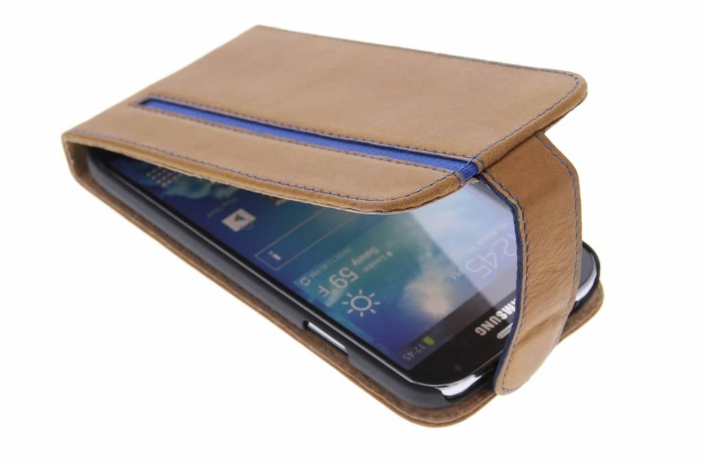 Valenta Stripe flipcase voor de Samsung Galaxy S4 - Brown