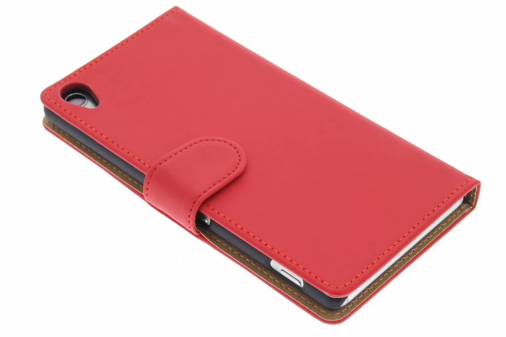 Rode effen booktype hoes voor de Sony Xperia Z3
