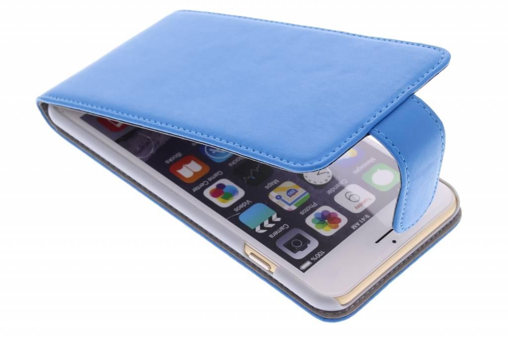 Blauwe stijlvolle flipcase voor de iPhone 6(s) Plus