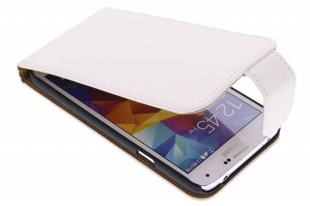 Witte classic flipcase voor de Samsung Galaxy S5 (Plus) / Neo